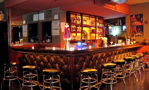 Le bar 13