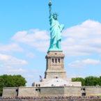 Zoom sur la mythique Statue de la Liberté à New York