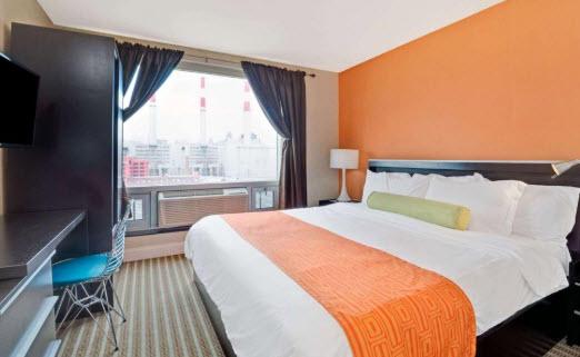 Découvrez l'hôtel Howard Johnson Long Island City pour se loger pas cher à New York